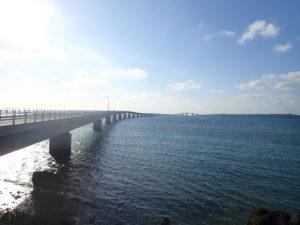 宮古島の観光スポットの伊良部大橋
