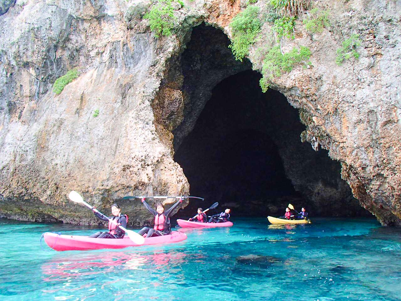 青の洞窟ツアー