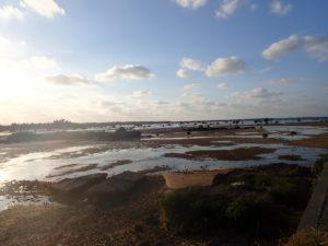 宮古島の観光スポットの佐和田の浜