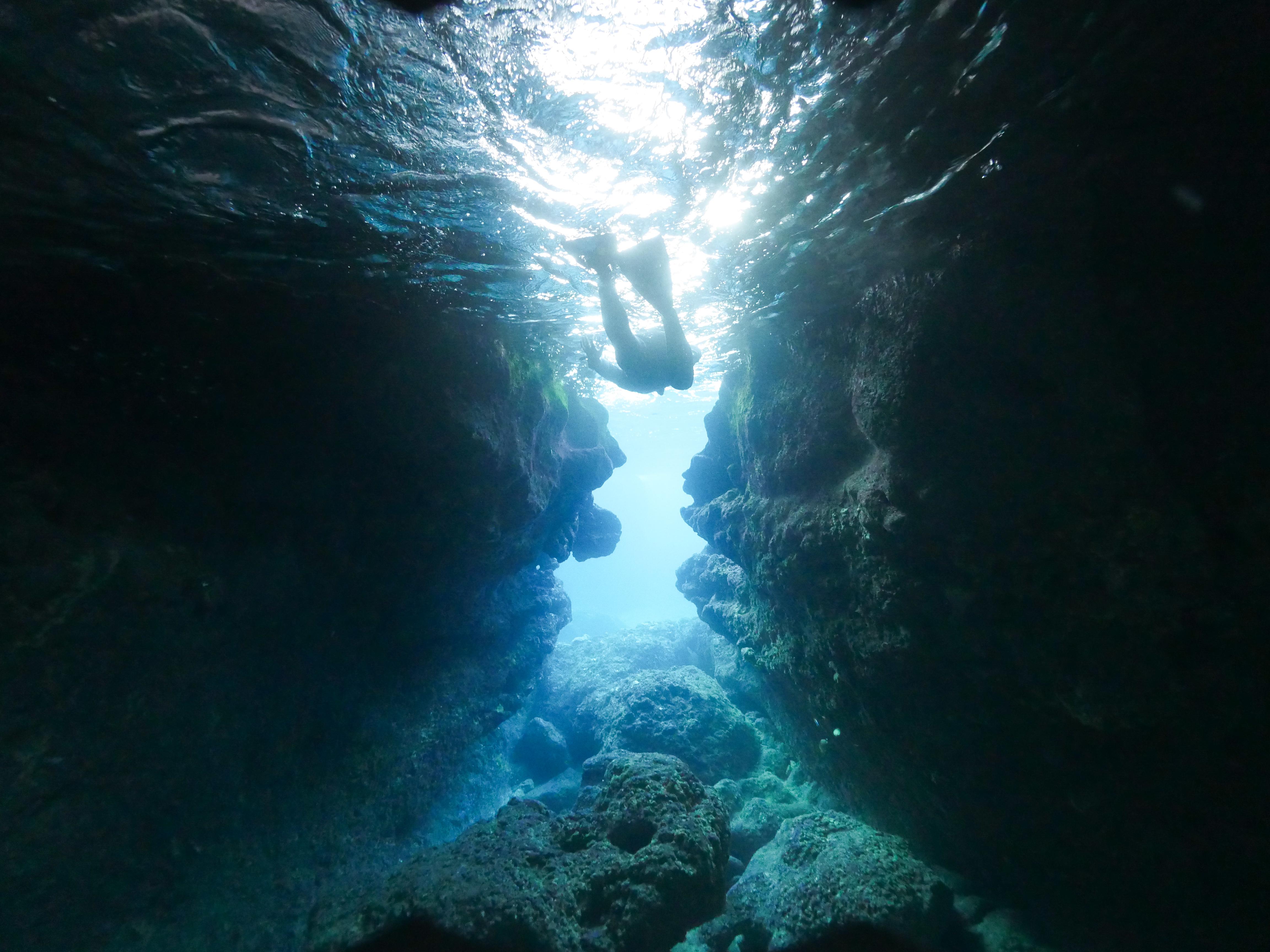 青の洞窟でのシュノーケル