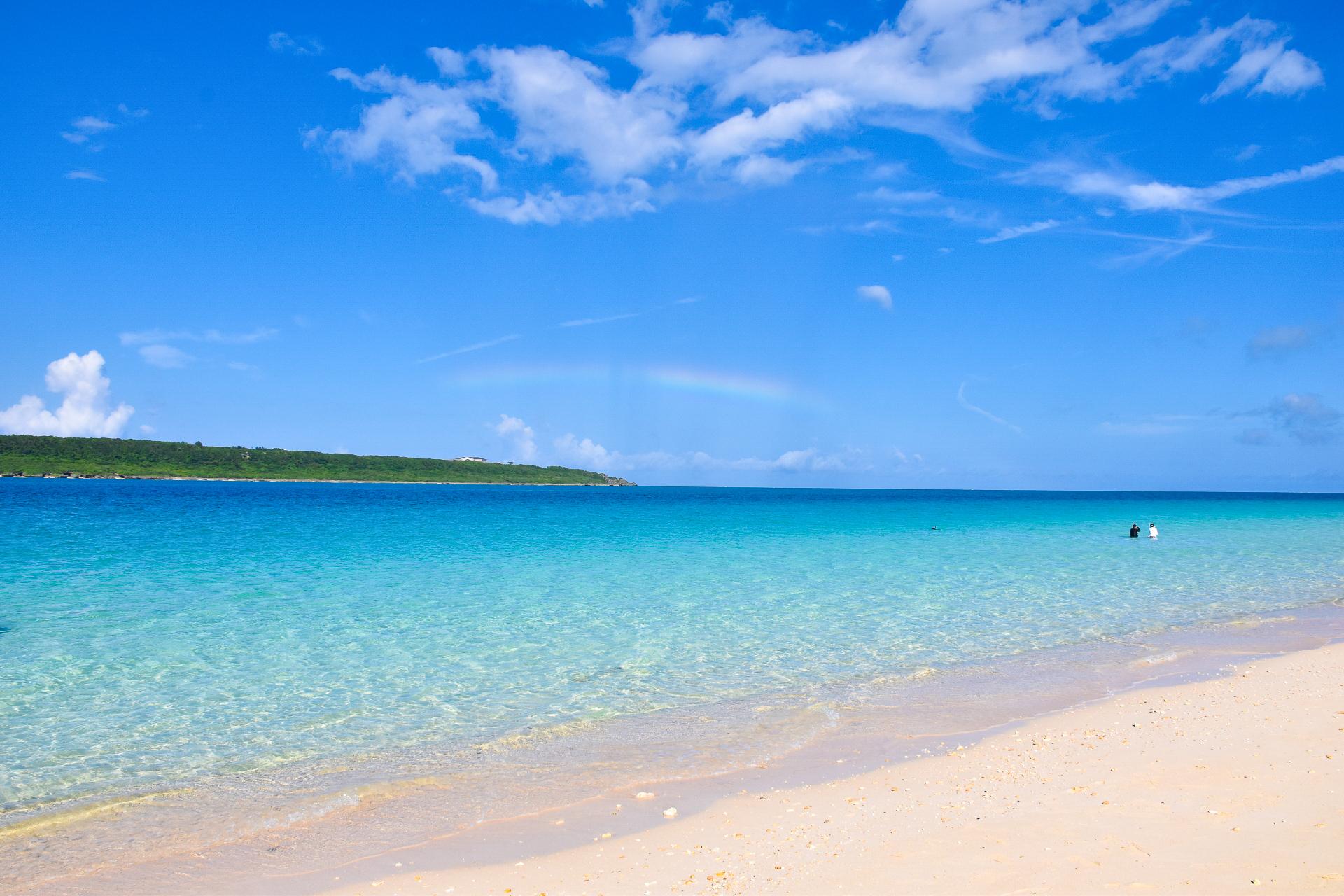 東洋一の美しさを誇る与那覇前浜ビーチ