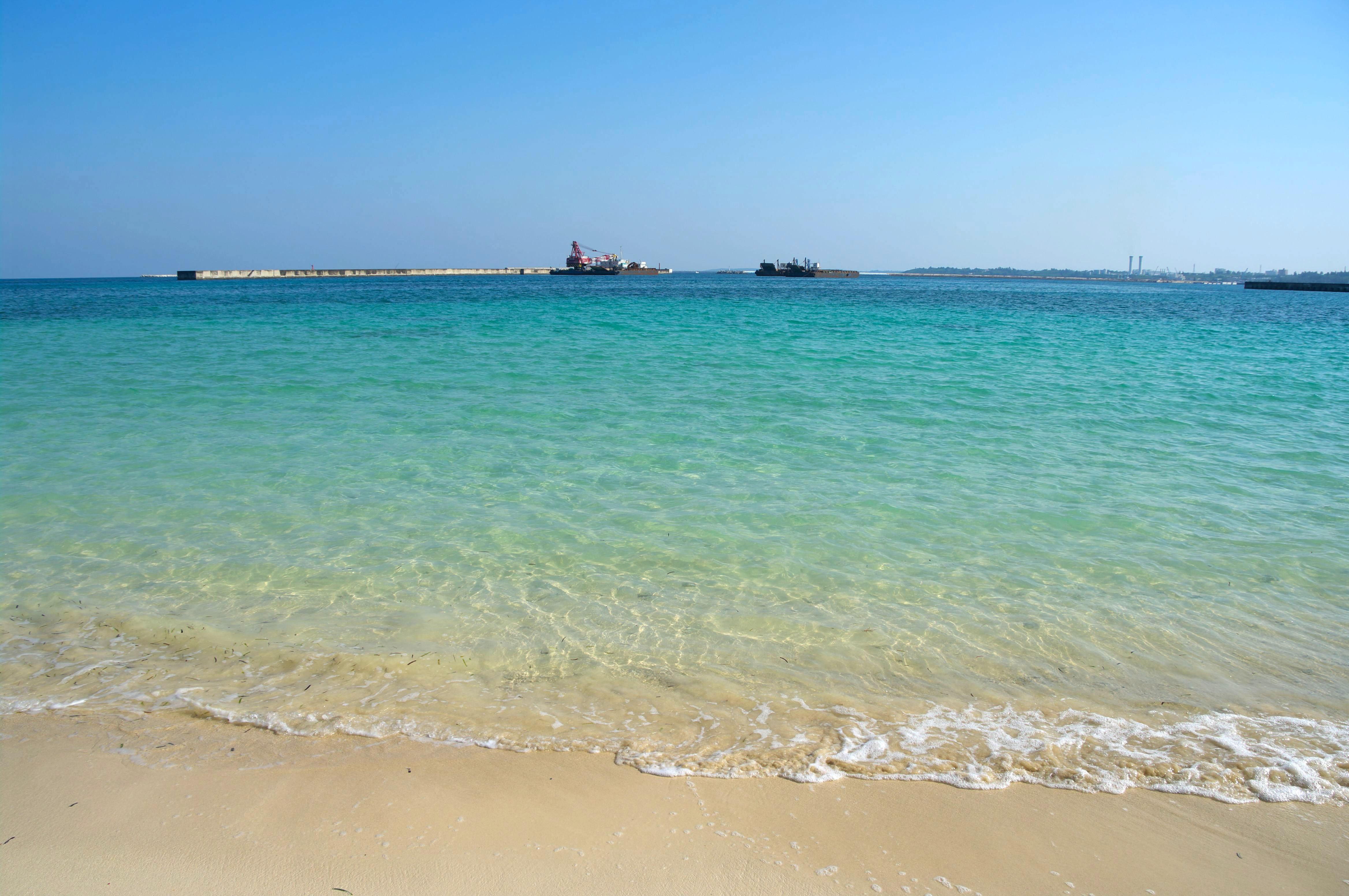 宮古島のシュノーケリングのパイナガマビーチ