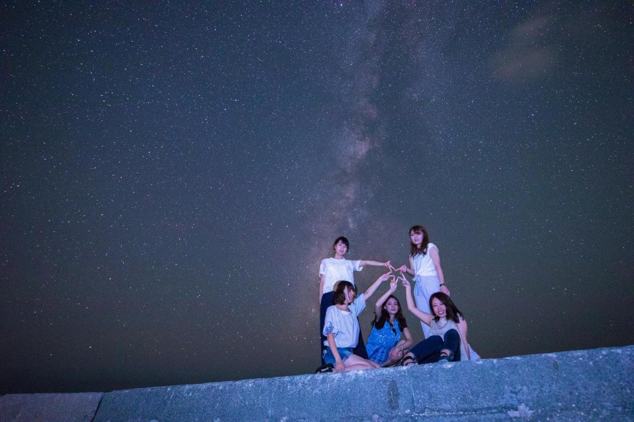 女子旅で星空フォト