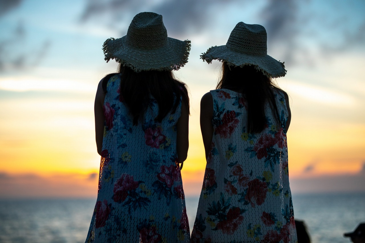 女子旅でサンセットビーチフォトツアー