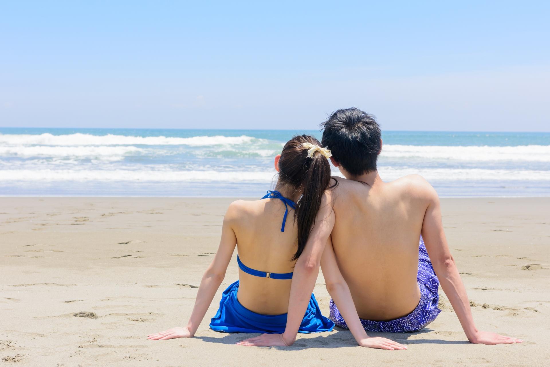 宮古島の美景ビーチでカップルフォト