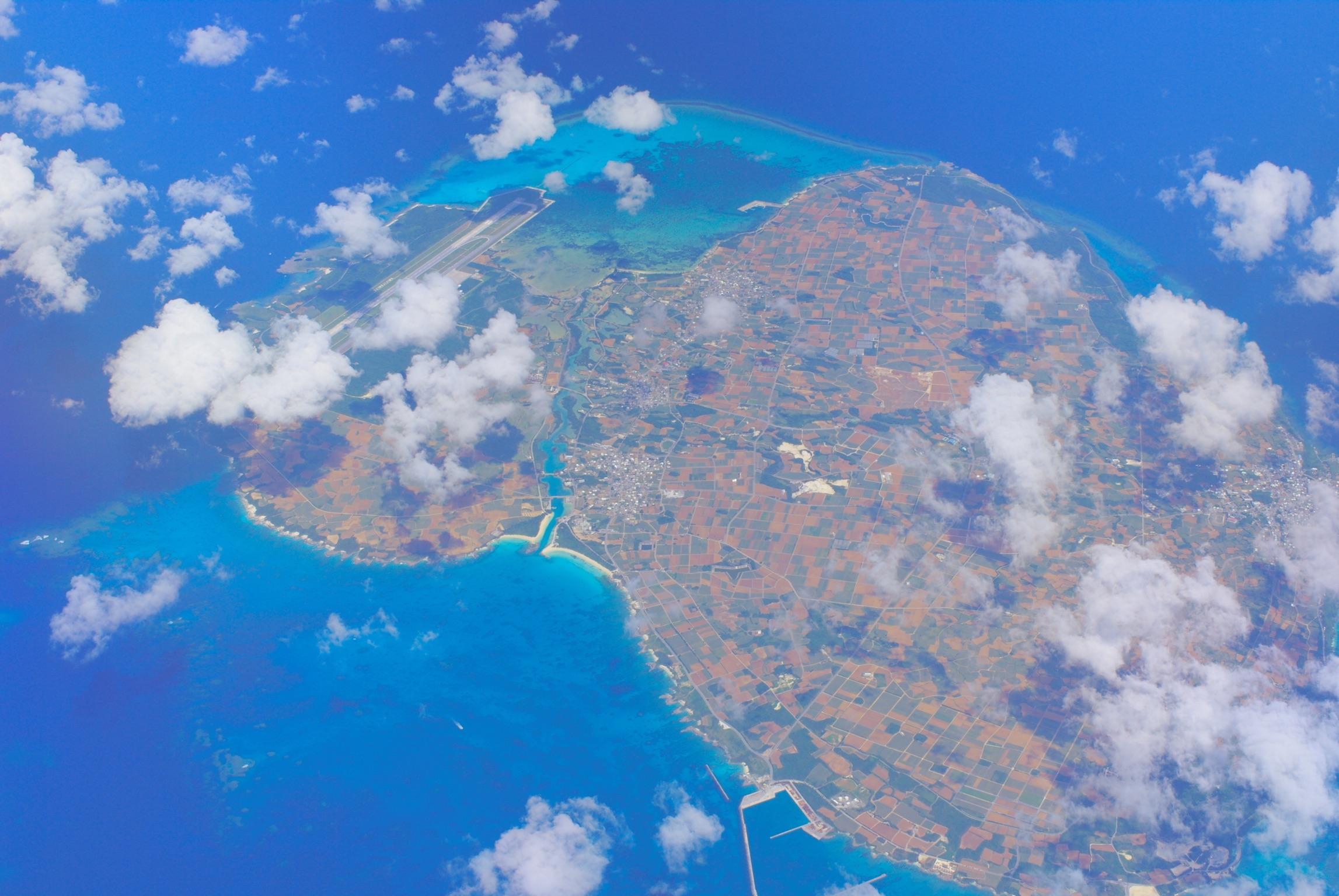 伊良部島の全景