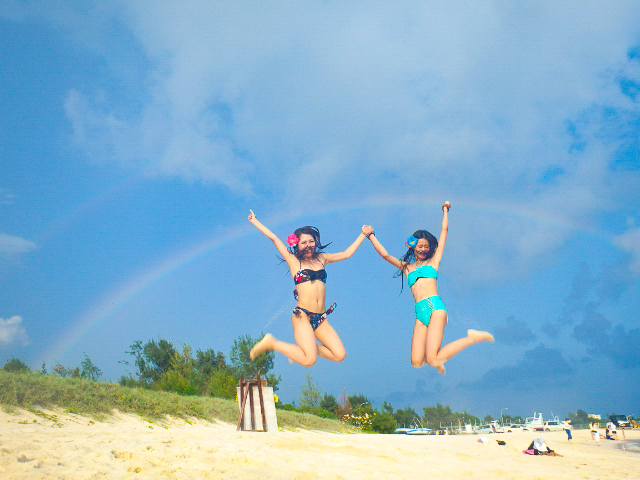 与那覇前浜ビーチで写真撮影