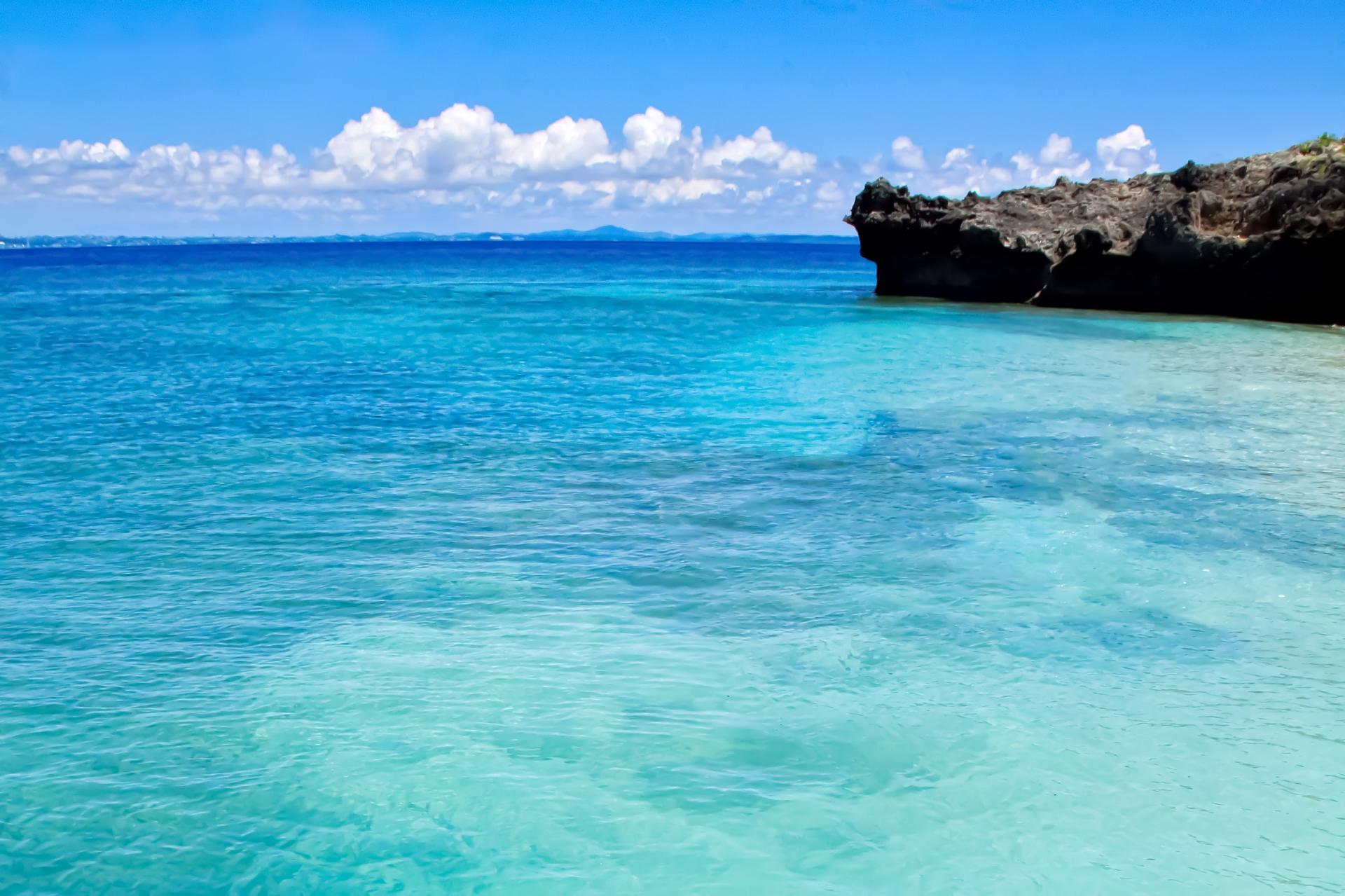 夏の宮古島の海