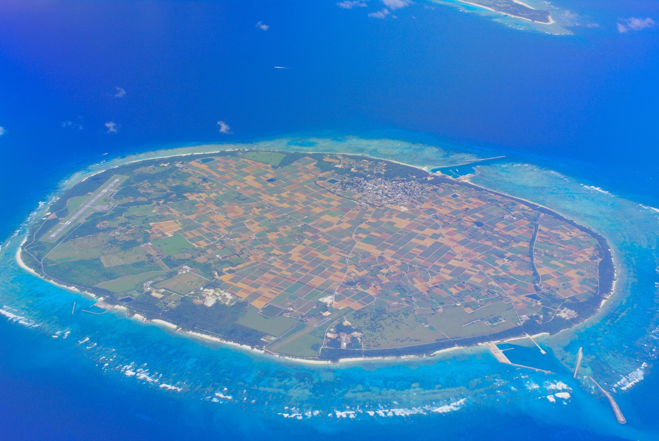 多良間島の全景