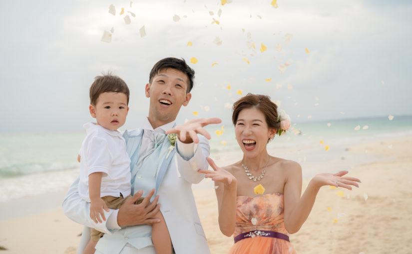 宮古島,ウェディングフォト,新婚,カップル,白い砂浜,宮古島の海,家族で