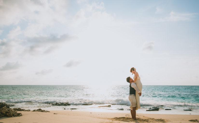 宮古島,ウェディングフォト,新婚,カップル,白い砂浜,宮古島の海,家族で,ドローン